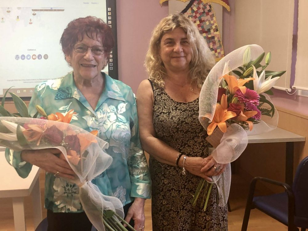MA Rosa Giner, presidenta durant 27 anys, i Mercè Rull, nova presidenta de l'AFA.